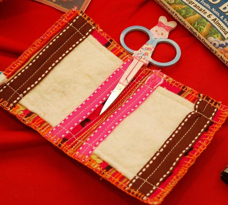 handmade-needle-book1