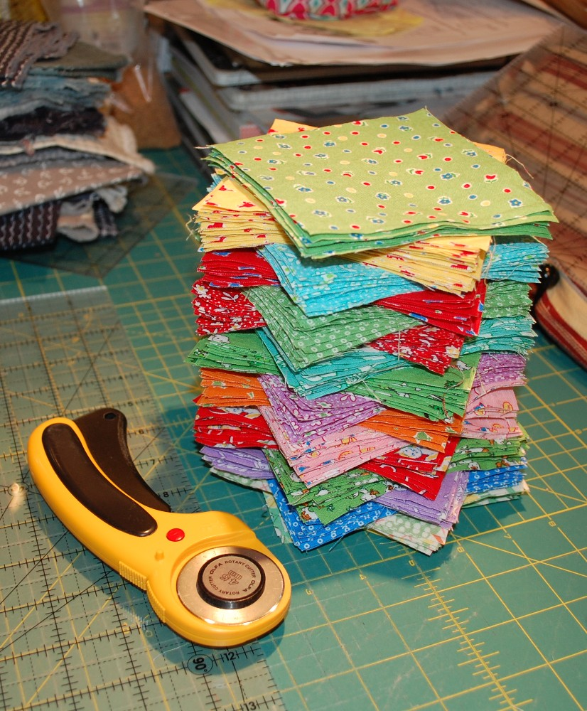 Great Quilting Blog, Informal Survey, Blue Nickel Studios, What Makes a Great Blog? Fabric Reviews? Interviews? Puzzles? Why do you read blogs? Riley Blake Designs, Toy Chest 3 Fabric, Olfacreates Olfa